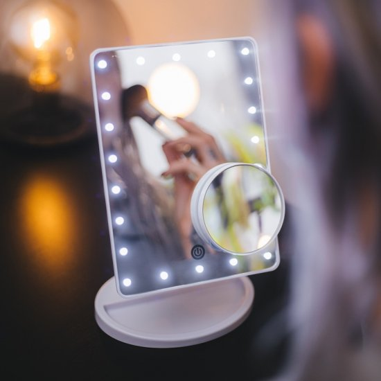 Makeup-mirror with LED-lights - Click Image to Close